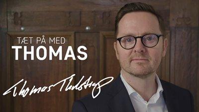 TÆT PÅ med Thomas
